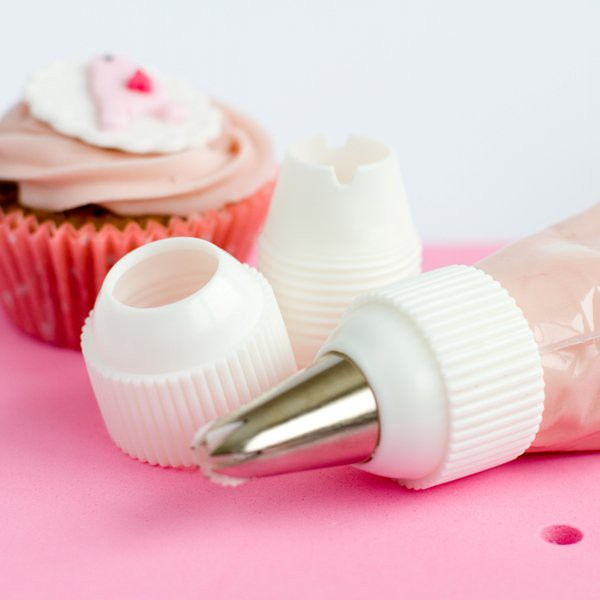 Piping bag and tip adaptor.