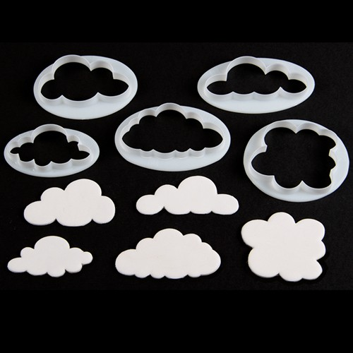 5 cloud cookie cutters.