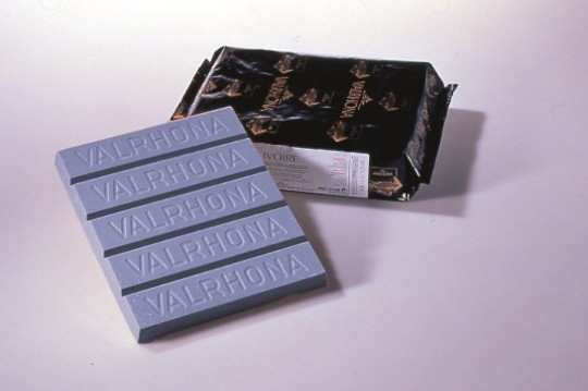 Decor Bleu 35% Valrhona blocs 3 kg @