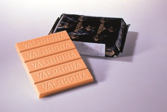 Decor Orange Aromatise Orange 35% Valrhona blocs 3 kg @