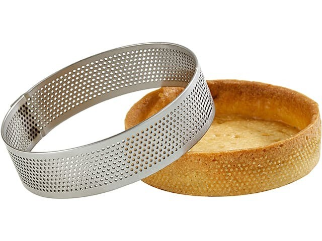 """3.9"""" Perforated botomless pie mould - 0.7"""" Height"""