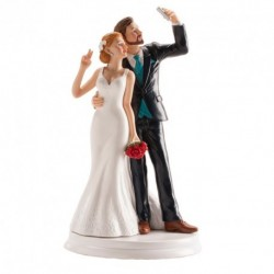 Maried couple tenderness figure
