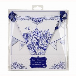 Porcelaine theme garlands and penants