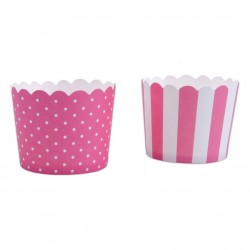 Pink and white cupcake cases