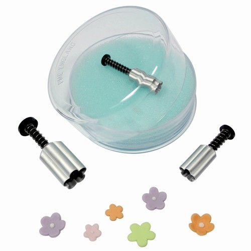 Small flower form cutter with ejector x 3