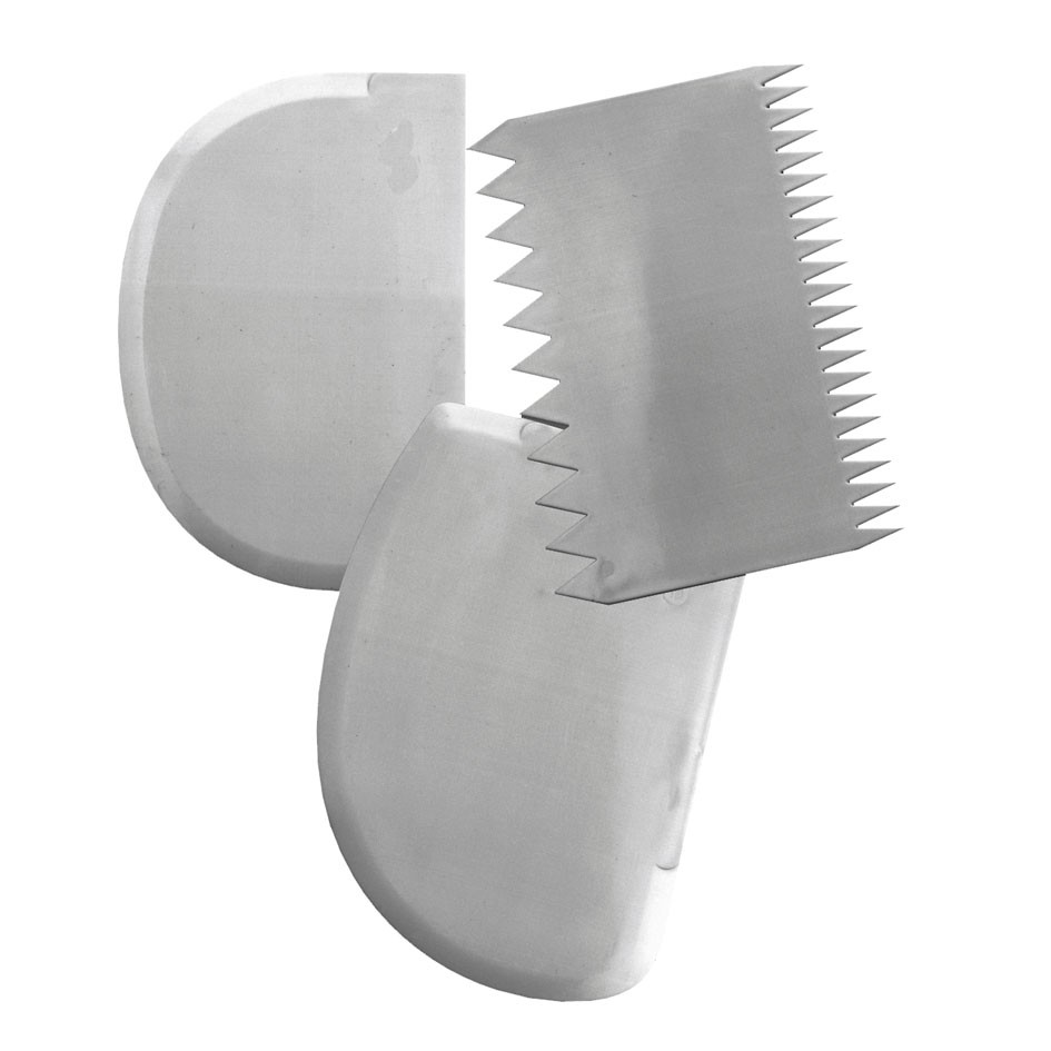 Flexible rounded pastry scraper